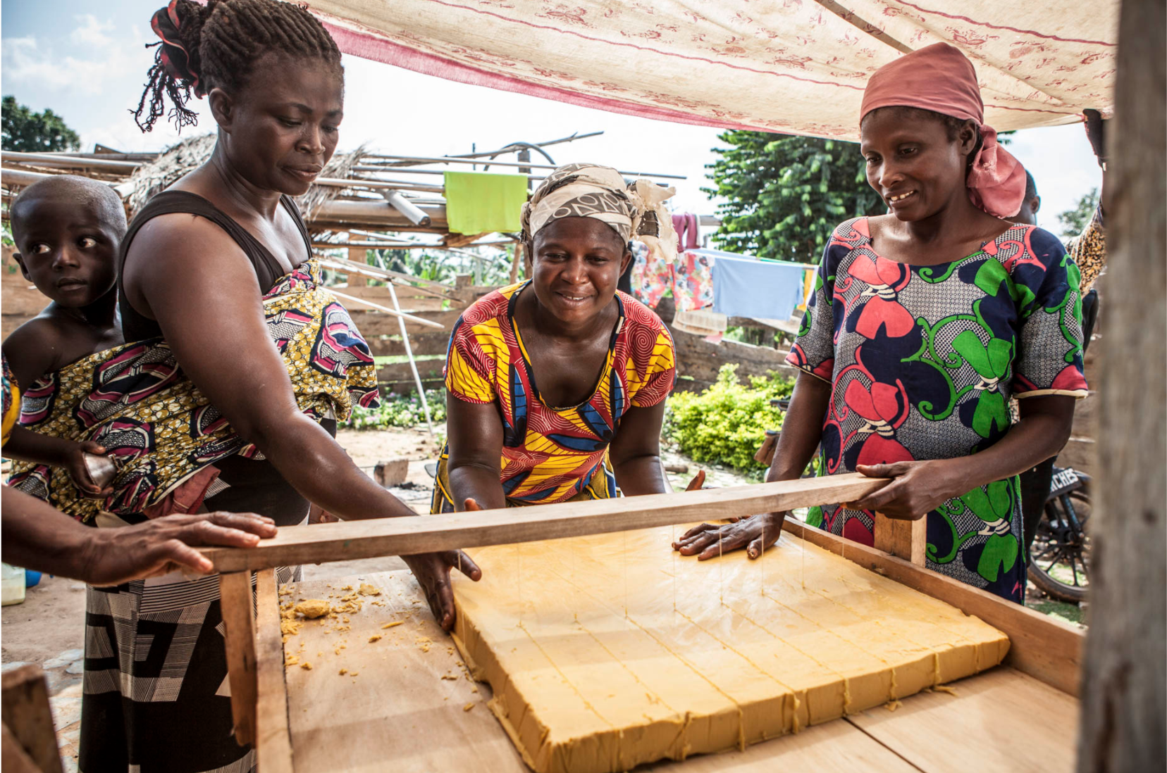 A village soap production collective in Ghana helping local women support their families ©Jason Florio for United Purpose, NGO
