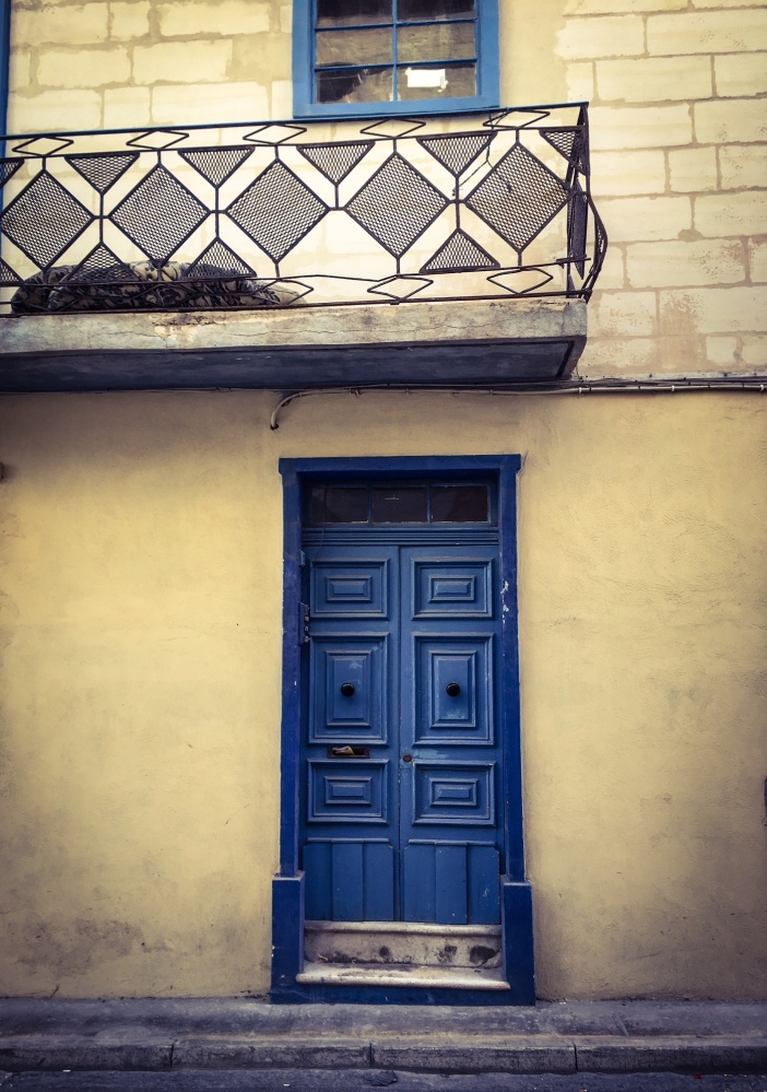 Doors of Malta - Blue door and balcony, St Julians, Malta ©Helen Jones-Florio