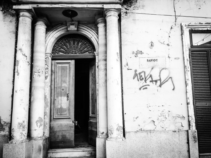 Entrance to 'Savoy' house, Savoy Hill, Gzira, Malta ©Helen Jones-Florio