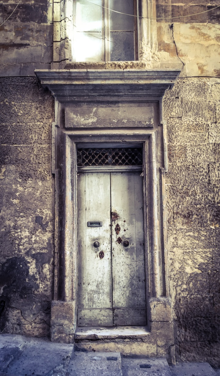 The door with 4 locks, Triq San Gwann, Valletta, Malta ©Helen Jones-Florio