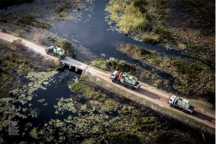 Aerial shot: Trucks transport the rhino's ©Jason Florio - Smithsonian Magazine