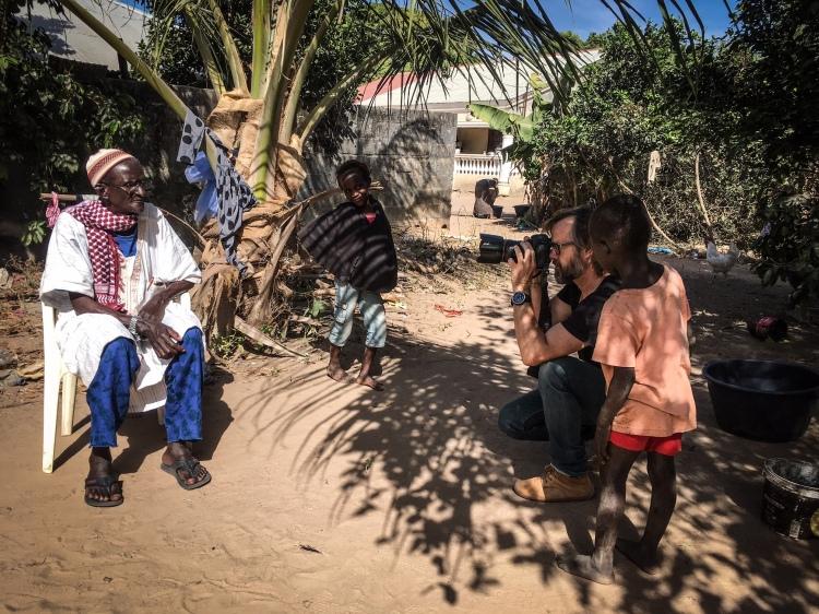 Photographer, Jason Florio, making #Portraits4PositiveChange,Gambia, West Africa - victims of Yahya Jammeh © Helen Jones-Florio
