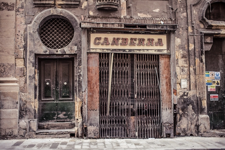 #DisappearingMalta – literally: 'Canberra' Vintage Storefront- is no longer there. Valletta © Helen Jones-Florio